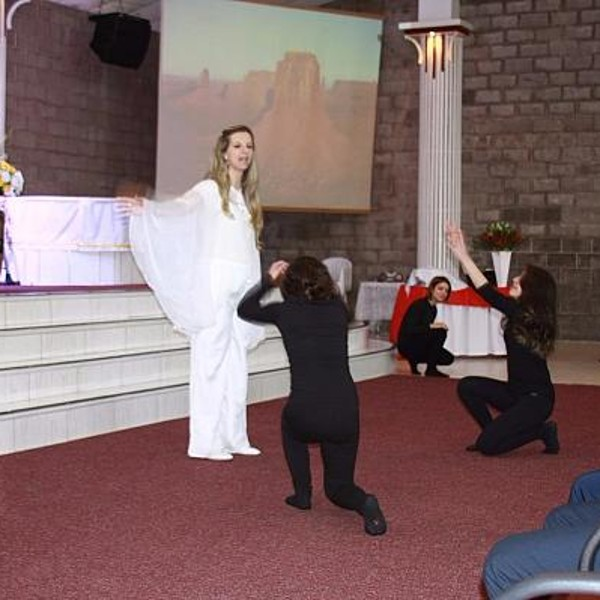 Apresentação do Ministério de Dança - Meninas dos Olhos de Deus